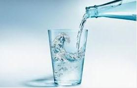 7 manfaat dan khasiat minum air putih untuk kesehatan yang wajib anda ketahui