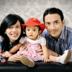 Gaya Foto Studio Unik Bersama Keluarga
